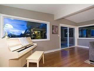 Photo 9: 3570 CALDER AVENUE in North Vancouver: Upper Lonsdale House for sale : MLS®# R2115870
