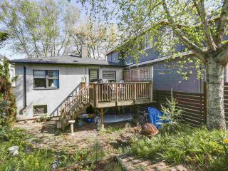 """Photo 10: 28 E 19TH Avenue in Vancouver: Main House for sale in """"MAIN"""" (Vancouver East)  : MLS®# R2161603"""