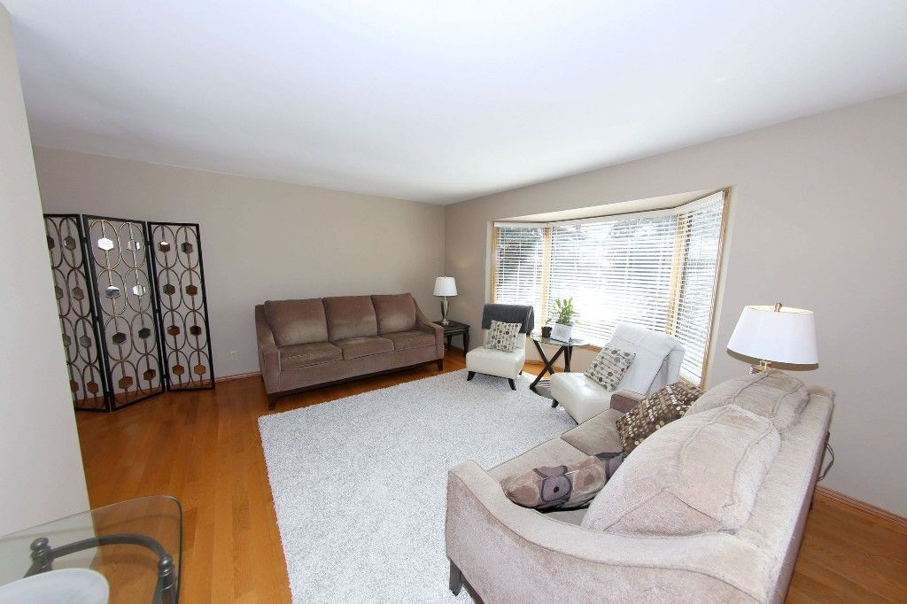 Photo 7: Photos: 123 Hunterspoint Road in Winnipeg: Charleswood Single Family Detached for sale (1G)  : MLS®# 1707500