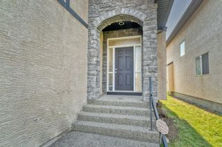 Photo 3: 37 Sherwood Terrace NW in Calgary: Sherwood Detached for sale : MLS®# A1134728