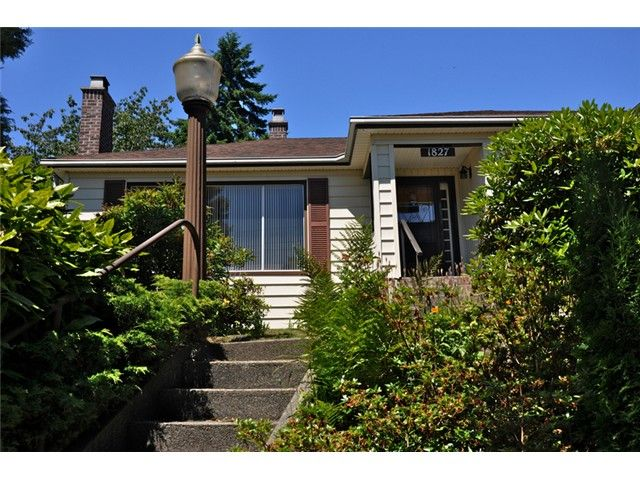 Main Photo: 1827 HAMILTON ST in New Westminster: West End NW House for sale : MLS®# V981153