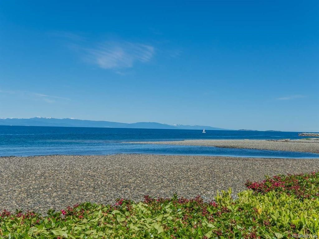 Photo 52: Photos: 1705 Admiral Tryon Blvd in : PQ French Creek House for sale (Parksville/Qualicum)  : MLS®# 885124