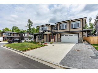 Photo 2: 33160 LEGACE Drive in Mission: Mission BC House for sale : MLS®# R2601957
