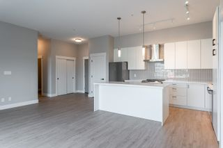 """Photo 5: A605 20838 78B Avenue in Langley: Willoughby Heights Condo for sale in """"Hudson & Singer"""" : MLS®# R2608536"""
