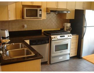 """Photo 3: 13 7333 TURNILL Street in Richmond: McLennan North Townhouse for sale in """"PALATINO"""" : MLS®# V763326"""