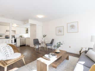 """Photo 10: 735 W 7TH Avenue in Vancouver: Fairview VW Townhouse for sale in """"The Fountains"""" (Vancouver West)  : MLS®# R2544086"""