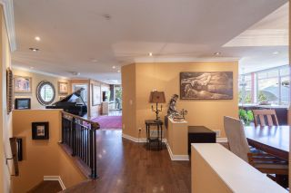 """Photo 19: 8561 SEASCAPE Lane in West Vancouver: Howe Sound Townhouse for sale in """"Seascapes"""" : MLS®# R2533787"""