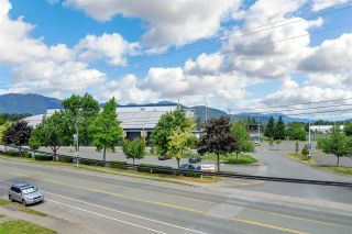 Photo 18: 45380 HODGINS Avenue in Chilliwack: Chilliwack W Young-Well House for sale : MLS®# R2590337