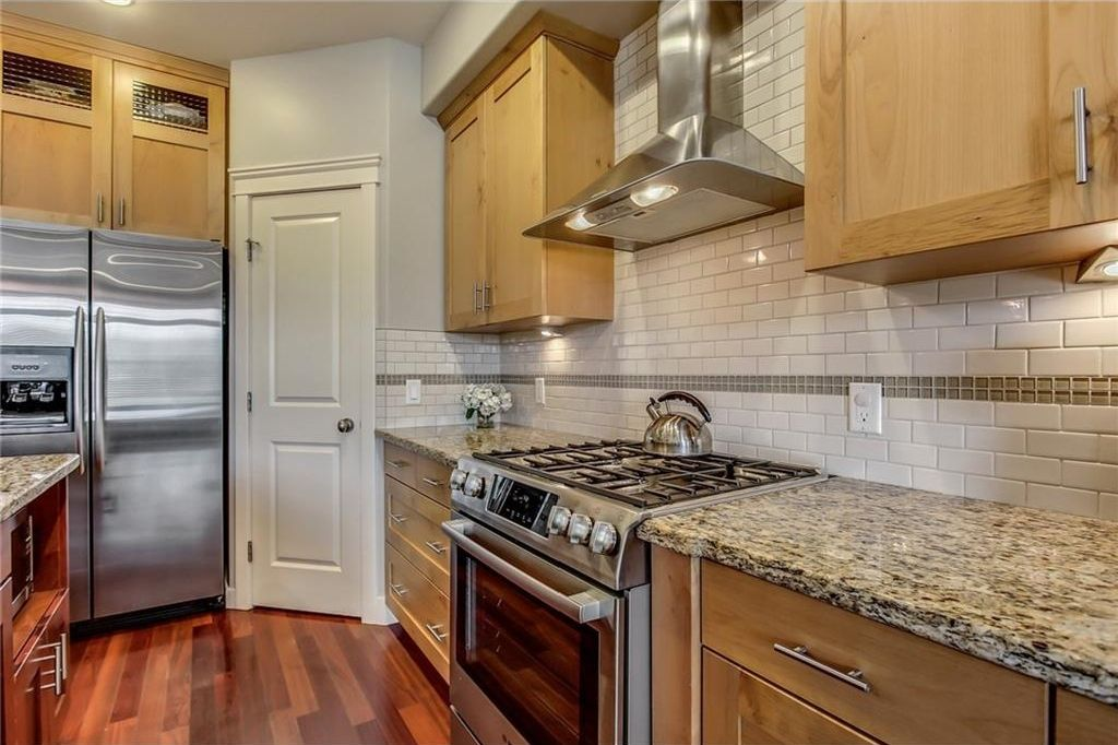Photo 18: Photos: 3909 19 Street SW in Calgary: Altadore House for sale : MLS®# C4122880