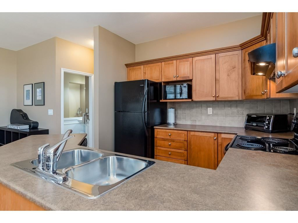 """Photo 11: Photos: 5 6588 188 Street in Surrey: Cloverdale BC Townhouse for sale in """"HILLCREST PLACE"""" (Cloverdale)  : MLS®# R2532394"""