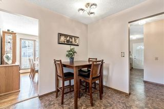Photo 10: 16 WOODFIELD Court SW in Calgary: Woodbine Detached for sale : MLS®# C4266334