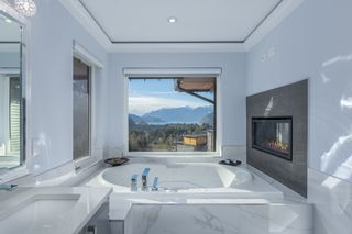 Photo 20: 38586 HIGH CREEK Drive in Squamish: Plateau House for sale : MLS®# R2541033