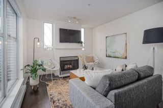 "Photo 8: 313 3150 W 4TH Avenue in Vancouver: Kitsilano Townhouse for sale in ""Avanti"" (Vancouver West)  : MLS®# R2441202"