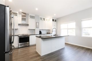 """Photo 14: 63 1055 RIVERWOOD Gate in Port Coquitlam: Riverwood Townhouse for sale in """"Mountain View Estates"""" : MLS®# R2446055"""