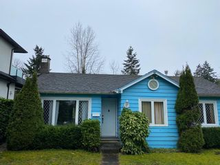 Photo 1: 723 W 20TH Street in North Vancouver: Mosquito Creek House for sale : MLS®# R2532659