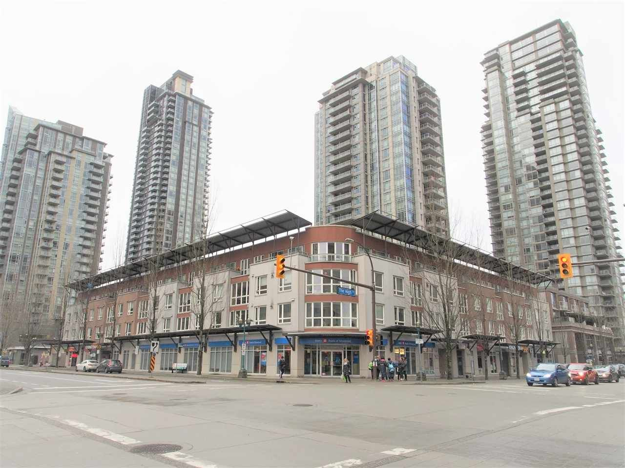Main Photo: 302 1163 THE HIGH Street in Coquitlam: North Coquitlam Condo for sale : MLS®# R2164821