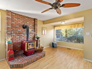 Photo 6: 4201 Victoria Ave in : Na Uplands House for sale (Nanaimo)  : MLS®# 869463