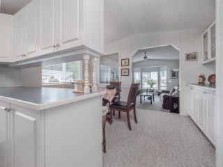 Photo 6: 27 5575 MASON Road in Sechelt: Sechelt District Manufactured Home for sale (Sunshine Coast)  : MLS®# R2532153