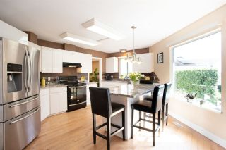 """Photo 12: 1428 PURCELL Drive in Coquitlam: Westwood Plateau House for sale in """"WESTWOOD PLATEAU"""" : MLS®# R2393111"""