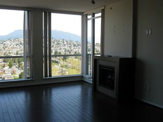 """Photo 7: PH3 4888 BRENTWOOD Drive in Burnaby: Brentwood Park Condo for sale in """"FITZGERALD"""" (Burnaby North)  : MLS®# V1076480"""