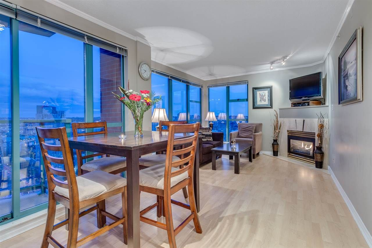 """Main Photo: 2907 939 HOMER Street in Vancouver: Yaletown Condo for sale in """"PINNACLE"""" (Vancouver West)  : MLS®# R2079596"""