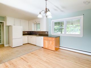 Photo 4: 28 Foster Street in Kentville: 404-Kings County Residential for sale (Annapolis Valley)  : MLS®# 202123680