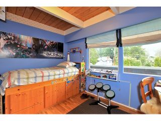 Photo 13: 3977 SUNSET Boulevard in North Vancouver: Capilano Highlands House for sale : MLS®# V952217