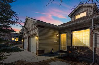Main Photo: 8 Somervale Park SW in Calgary: Somerset Row/Townhouse for sale : MLS®# A1088578