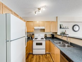 Photo 11: 158 Citadel Meadow Gardens NW in Calgary: Citadel Row/Townhouse for sale : MLS®# A1112669