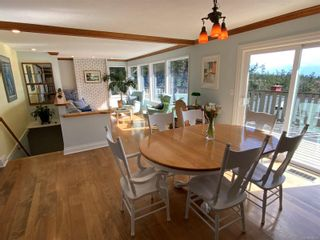 Photo 9: 3703 Signal Hill Rd in : GI Pender Island House for sale (Gulf Islands)  : MLS®# 870335