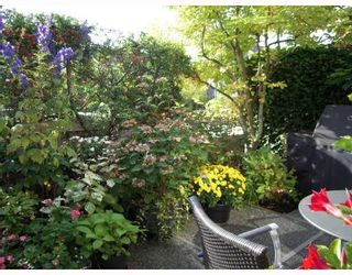 "Photo 8: 668 W 26TH Avenue in Vancouver: Cambie Townhouse for sale in ""GRACE ESTATES"" (Vancouver West)  : MLS®# V738149"