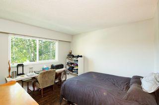 "Photo 16: 4857 55B Street in Delta: Hawthorne Townhouse for sale in ""Chestnut Gardens"" (Ladner)  : MLS®# R2310613"