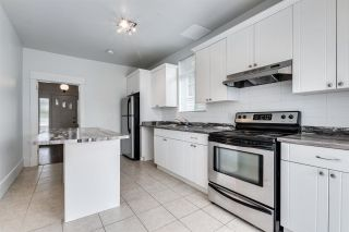 Photo 4: 1744 E 1ST Avenue in Vancouver: Grandview Woodland House for sale (Vancouver East)  : MLS®# R2586004