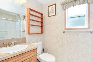 """Photo 16: 38 15875 20 Avenue in Surrey: King George Corridor Manufactured Home for sale in """"Sea Ridge Bays"""" (South Surrey White Rock)  : MLS®# R2375018"""