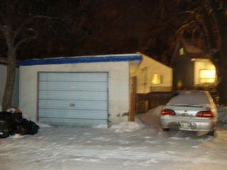 Photo 20: 351 SYDNEY Avenue in Winnipeg: Residential for sale (Canada)  : MLS®# 1203499