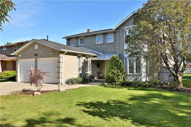 Main Photo: 800 Clements Drive in Milton: Timberlea House (2-Storey) for sale : MLS®# W3332307