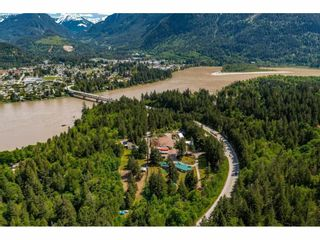 Photo 2: 21400 TRANS CANADA Highway in Hope: Hope Center House for sale : MLS®# R2579702