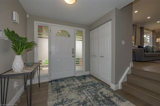 Photo 4: 21 HAMMOND Crescent in London: North G Residential for sale (North)  : MLS®# 40098484