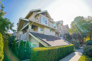 """Photo 1: 33 7488 SOUTHWYNDE Avenue in Burnaby: South Slope Townhouse for sale in """"LEDGESTONE 1"""" (Burnaby South)  : MLS®# R2176446"""