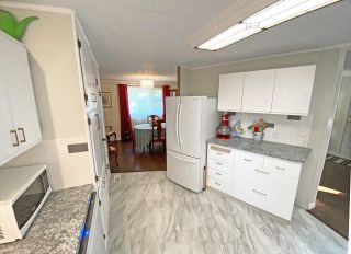 """Photo 15: 19 2306 198 Street in Langley: Brookswood Langley Manufactured Home for sale in """"CEDAR LANE SENIORS PARK"""" : MLS®# R2497884"""