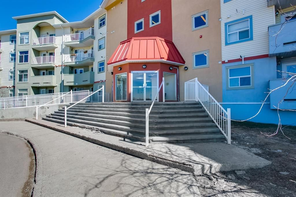 Main Photo: 2301 700 Willowbrook Road NW: Airdrie Apartment for sale : MLS®# A1106217