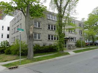 Photo 1: 32 1510 Lilac Street in Halifax: 2-Halifax South Residential for sale (Halifax-Dartmouth)  : MLS®# 202113121