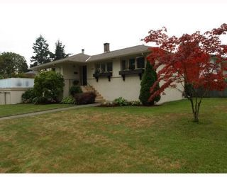 Photo 1: 1253 Sutherland Avenue in North Vancouver: Boulevard House for sale : MLS®# V785862