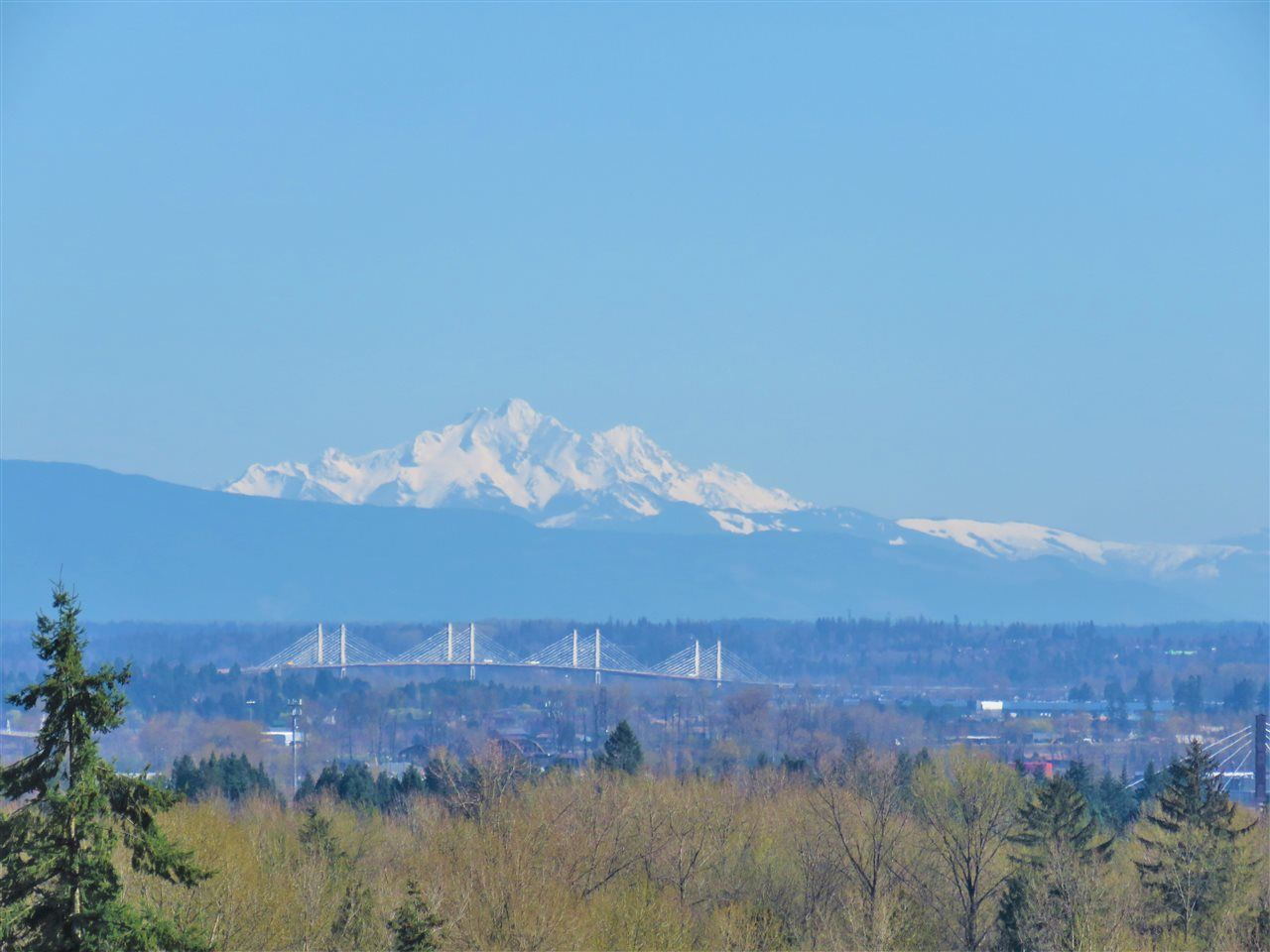 """Main Photo: 1306 3070 GUILDFORD Way in Coquitlam: North Coquitlam Condo for sale in """"LAKESIDE TERRACE"""" : MLS®# R2583933"""