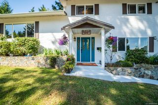 Photo 2: 600 Phelps Ave in Langford: La Thetis Heights House for sale : MLS®# 844068