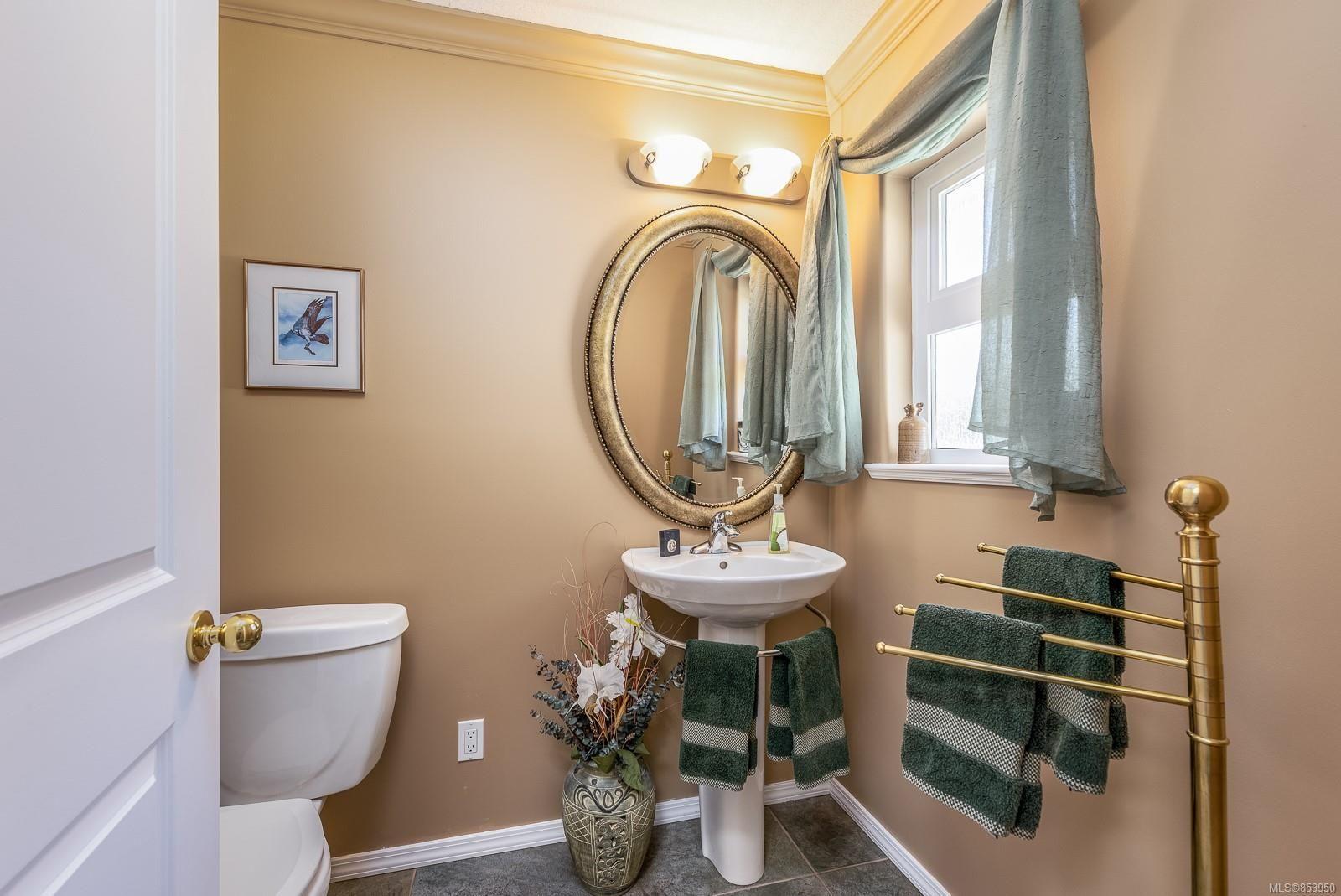 Photo 27: Photos: 5880 GARVIN Rd in : CV Union Bay/Fanny Bay House for sale (Comox Valley)  : MLS®# 853950