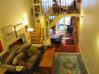 Photo 4: C5 238 10TH Ave in Studio 10: Mount Pleasant VE Home for sale ()  : MLS®# V863034