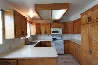Photo 3: 4212 WINDSOR Street in Vancouver: Fraser VE House for sale (Vancouver East)  : MLS®# R2333581