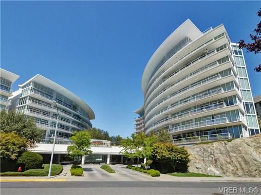 Main Photo: 319 68 Songhees Rd in VICTORIA: VW Songhees Condo for sale (Victoria West)  : MLS®# 733636