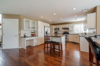 """Photo 11: 12385 63A Avenue in Surrey: Panorama Ridge House for sale in """"BOUNDARY PARK"""" : MLS®# R2465233"""